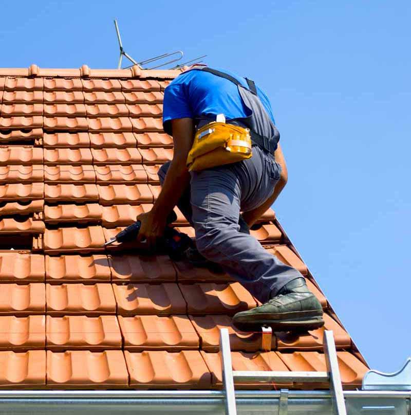 Couverture : MEUCHE couvreur : Remplacement couverture, détection et réparation de fuites toiture tuiles, ardoises, zing, faîtage. MEUCHE COUVERTURE : artisan couvreur Île-de-France Val-d'Oise 95